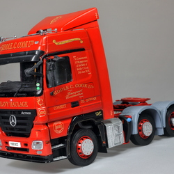 Mercedes Actros Siddle C Cook